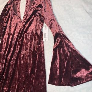 Velvet dress with bell sleeves perfect for holiday